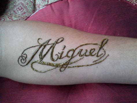 henna tattoo your name henna mendhi brown name miguel swirls