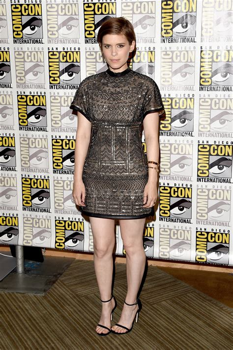 Gamis Katun Marun kate mara this year s comic con carpet is sexier