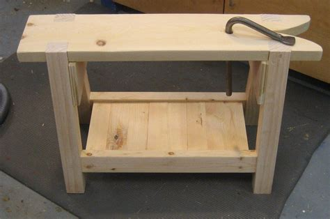 schwarz saw bench schwarz saw bench sawbench mattsanf lumberjocks woodworking community saw