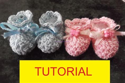 tutorial video uncinetto tutorial per realizzare delle mini babbucce all uncinetto