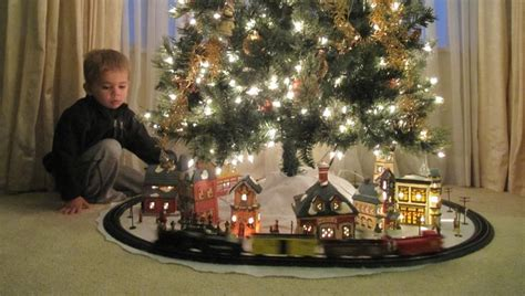 1000 images about christmas train sets for under the tree
