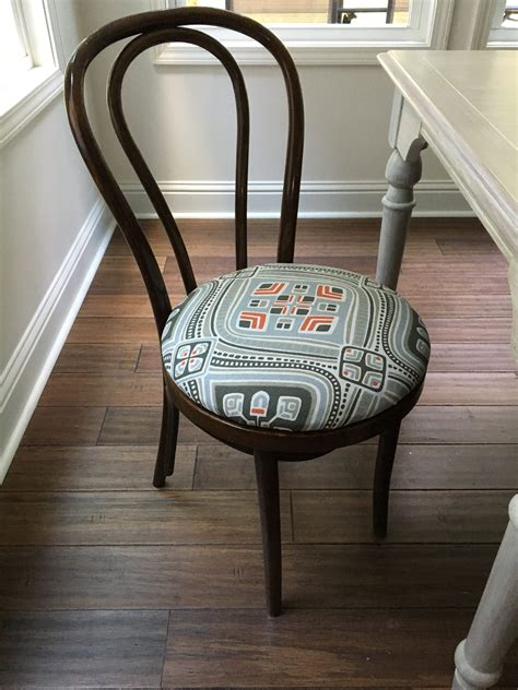 Upholstery Tutorial Chair - no sew dining chair upholstery tutorial learn how to re