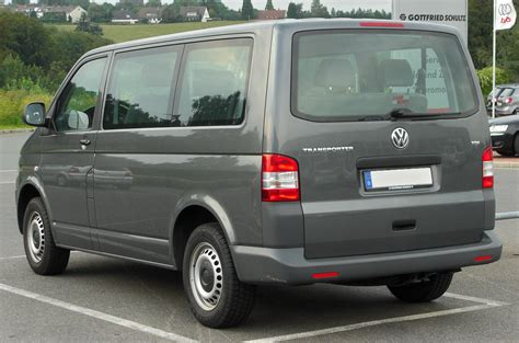 file vw transporter tdi t5 facelift rear 20100902 jpg wikimedia commons