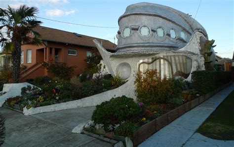 Berkeley California Fish Shaped House Building In The Fish House Ca