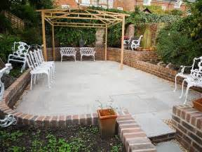 Patio And Garden Patio With Rounded Garden Wall In St Cross Winchester