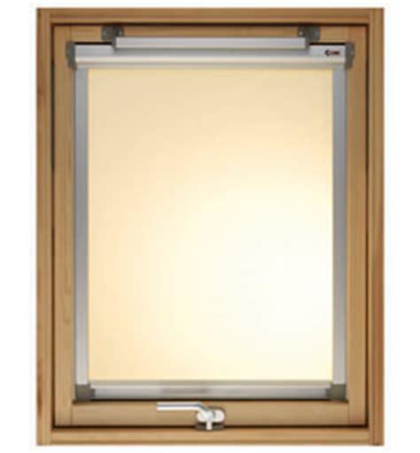 tende frangisole lista accessori e vetrate per lucernari e finestre per