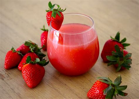 Main Dishes In Mexico - strawberry agua fresca agua fresca de fresa lola s cocina