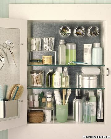 how to organize kitchen cabinets martha stewart 1000 images about easy bathroom organising style tips