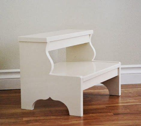 Easy Reach Project Stool by 25 Best Ideas About Step Stools On