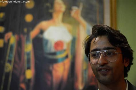 film india terbaru juli 2015 aktor india shaheer sheik berpose usai memberi keterangan