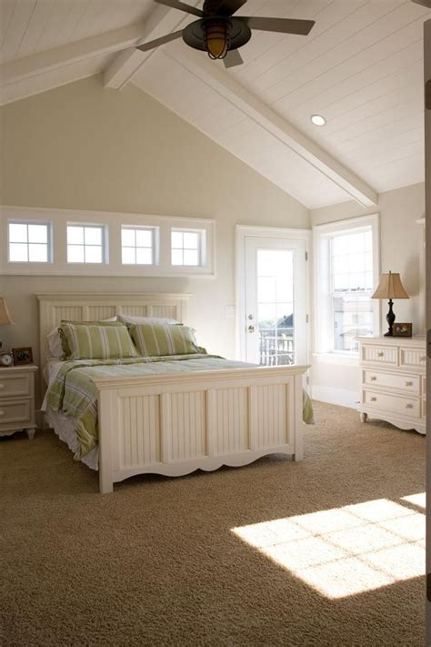 pin  anne montana mclaughlin  ceiling bedroom