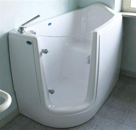 vasca bagno con porta vasca porta angolare trasparente