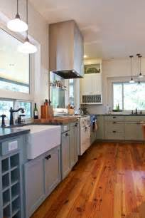farmhouse kitchen design pictures glenn and paula s farmhouse kitchen kitchen tour the