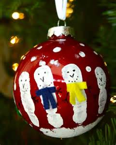 handprint tree ornament 10 diy ornaments you can make with your