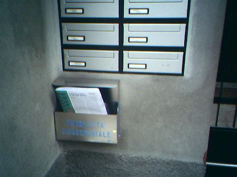 cassetta delle lettere volantinaggio nonciclopedia fandom powered by wikia