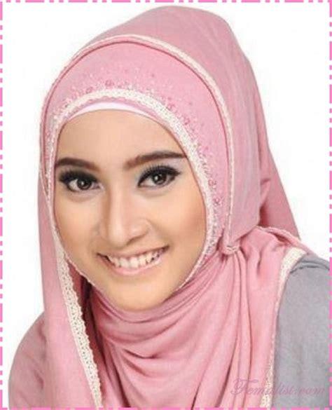 tutorial model jilbab untuk wajah bulat model jilbab untuk wajah bulat dan pipi tembem