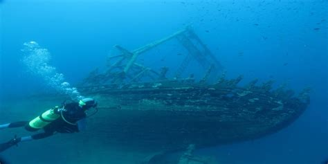 best scuba diving spots in the world ship wreck diving and amazing ship wreck diving spots in