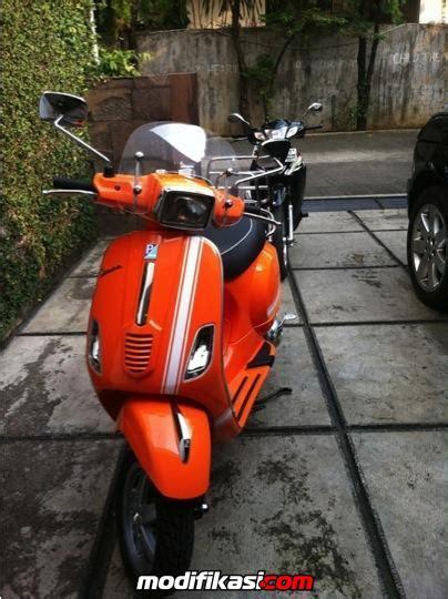 Vespa Modifikasi Warna Orange by Jual Vespa Piaggio S 125 Italy Condition