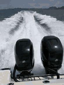 speed boat gifts speedboat gifs tenor