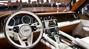Maker Of Bentley Introducing The Luxurious Bentley Suv Baroque Lifestyle