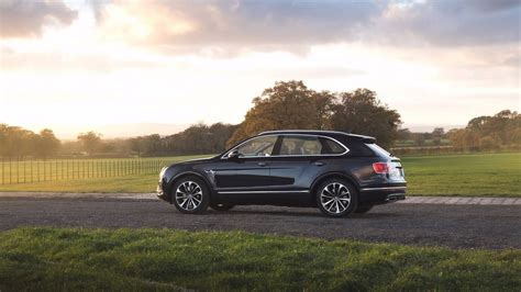 bentayga mulliner bentley bentayga field sports by mulliner belongs to a