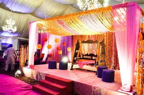 Decoration Ideas For Wedding At Home by Wedding Shower Decorations For Indoor And Outdoor Party