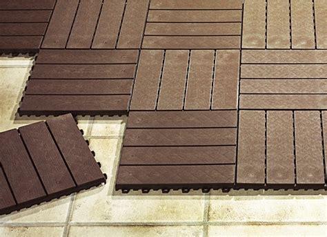 Terrassenplatten Aus Kunststoff by Terrassenplatten Set 12 Teilig Verschiedene Ausf 252 Hrungen