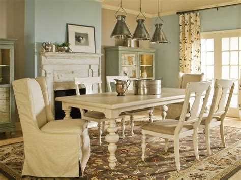 Exceptionnel Table Salle AManger But #4: Blue-and-Brown-French-Country-Dining-Room-design.jpeg