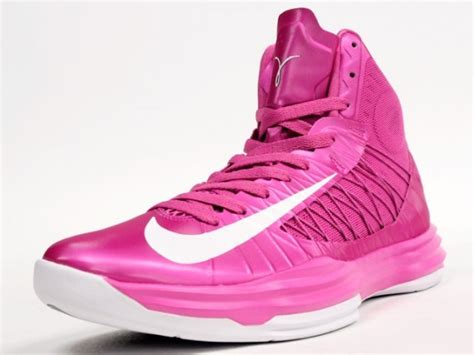 pink basketball shoes pin by gilliland on nike shoes