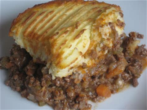 Cheesy Cottage Pie by The Goddess S Kitchen Cottage Pie With Cheesy Mash