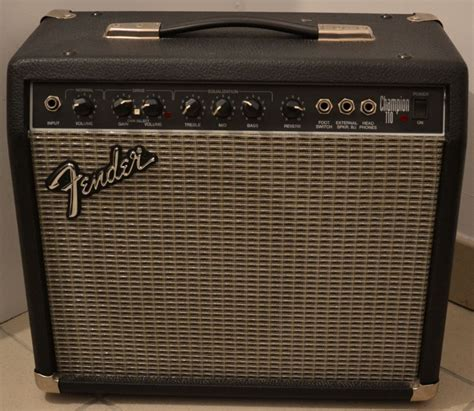 Gitar Fender Stratocaster 110 fender chion 110 image 286938 audiofanzine