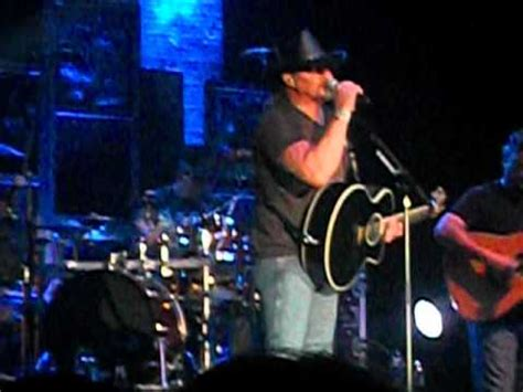 trace adkins every light in the house live trace adkins every light in the house is on live youtube