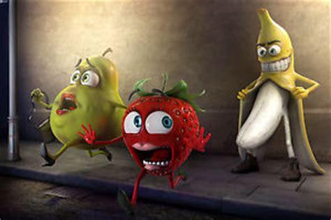 Banana Flasher Wallpaper   banana flashing to strawberry and pear wall art canvas