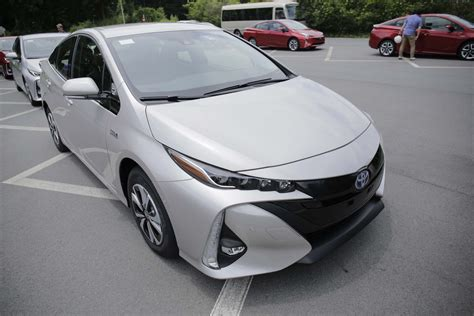 toyota msrp 2017 toyota prius msrp carstuneup carstuneup