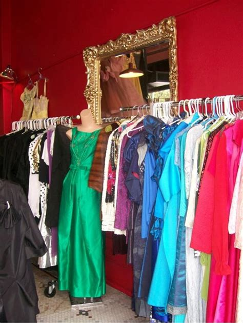 dorothea s closet vintage clothing shop des moines iowa