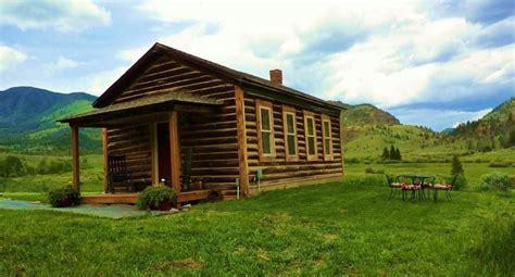 Gardiner Montana Cabin Rentals by 1916 Schoolhouse Rides Zip Line Farm Vrbo