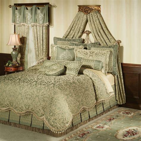 Damask Comforter by Aberdeen Damask Comforter Bedding