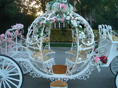 Cinderella Wedding Carriage   Click here forvideos, photos