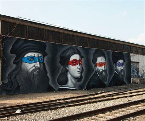 Tupac Wall Mural street art il peint les tortues ninja comme les peintres
