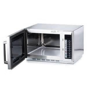 Kitchen Countertop Prices by Amana Rcs10ts Microwave Oven