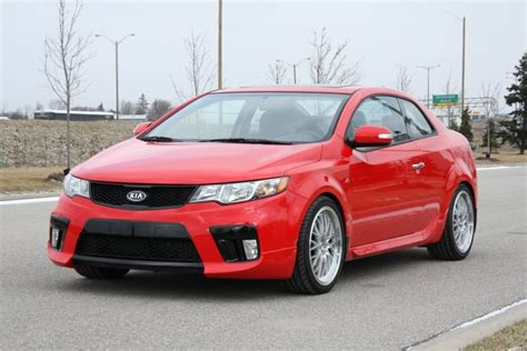 kia forte koup r kia forte koup sx with new r package in canada
