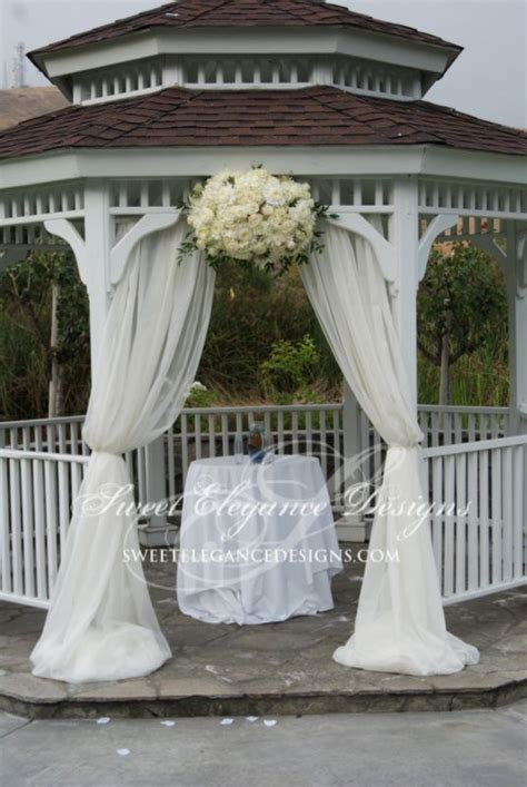 draping flowers for weddings draping white floral arrangement ceremony romantic