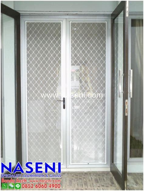 Pantai Tanpa Kawat Set 13 pintu kawat nyamuk exona toko aluminium banda aceh