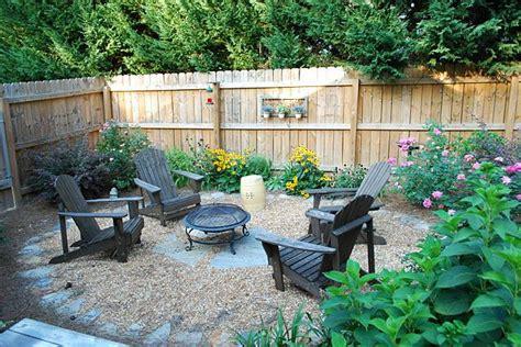 backyard setup ideas 25 best ideas about portable fire pits on pinterest