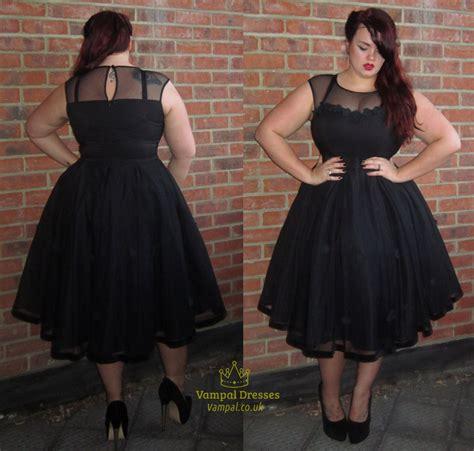 Simple Black Dress For Plus Size