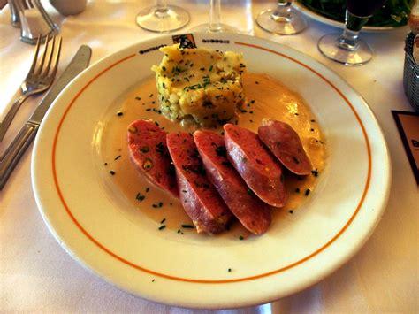 in cuisine lyon origin and importance of cuisine