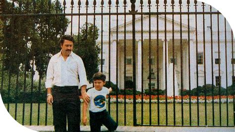 the amazing photo of pablo escobar taken in front of the white house youtube