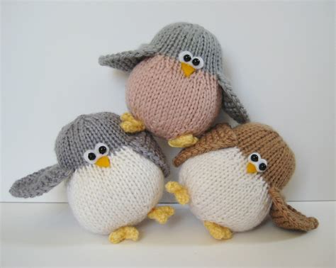 free knitting patterns toys animals 15 knitted toys for
