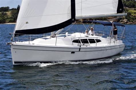 hunter boats review hunter 39 review trade boats australia