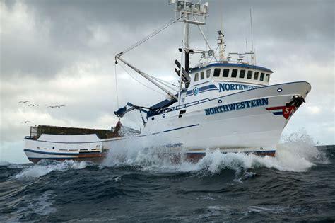 northwestern boat northwestern crab boat sinks 2014 northwestern crab boat